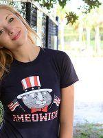 Ameowica T-Shirt