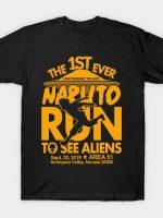 Naruto run for aliens T-Shirt